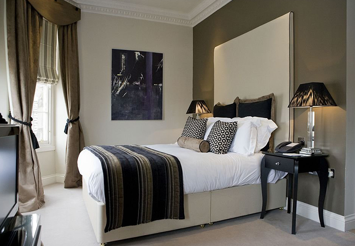 Отель Fraser Suites Edinburgh  Эдинбург, замок Даннотар, хаггис, виски и Ангел Севера